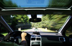 Vyplatí se navigačka v autě?