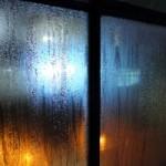 Proč se rosí (plastová) okna?