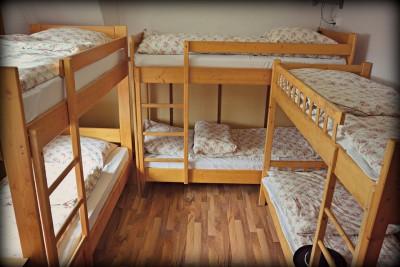 poschodove postele